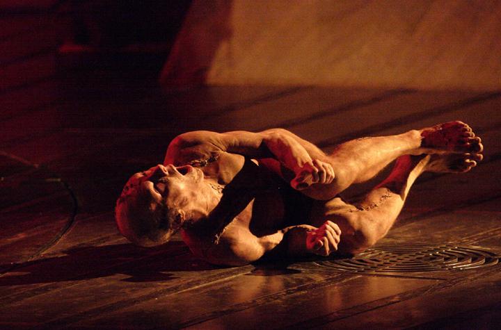 프랑켄슈타인 ⓒNational Theatre of London