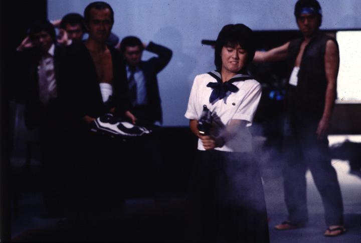 세일러복과 기관총 (c) KADOKAWA